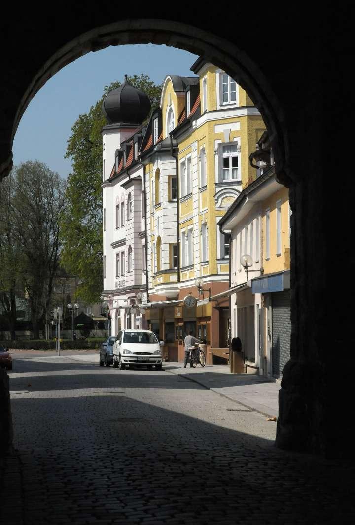 Blick durch das Münchener Tor zurück zur Katharinenvorstadt
