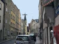 Die Ledererstraße - eine der wichtigsten Stadtplatzzufahrten. Die Ledererstraße mündet direkt in der Stadtmitte in den Stadtplatz